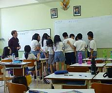 Gain teaching experience with real ESL students