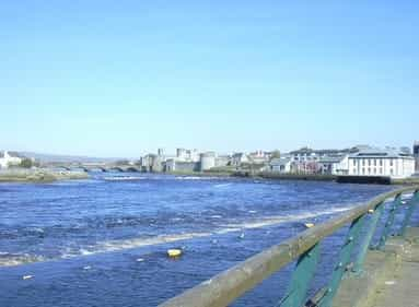 view from the city of bundoran in ireland on the sea